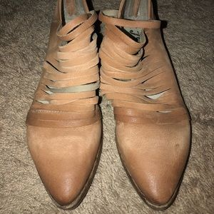 Free People Lost Valley Boots Size 10